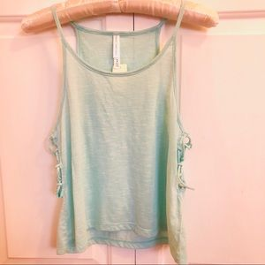 4 / $25 Live love dream LLD tank top w side ties